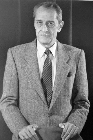 Dr. Enrique Urdaneta Holguín 1987-1989