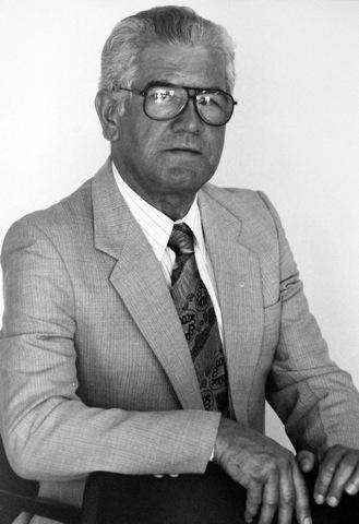 Dr. Rafael Castaño Abadía 1975-1977