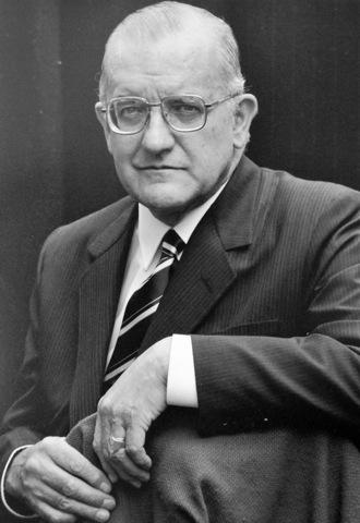 Dr. Adolfo de Francisco Zea 1963-1965