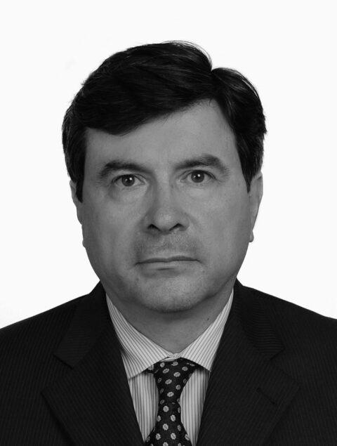 Dr. Gustavo Restrepo Molina 2014 - 2016